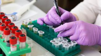 """Глобалният фонд за борба със СПИН, туберкулоза и малария отчита прогрес и """"колосални предизвикателства"""""""