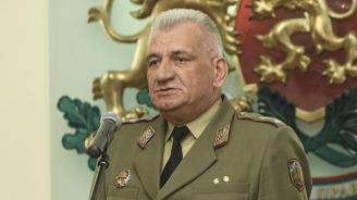 Ген. Боцев: Трудно ще убедим обществото за задължителната военна служба