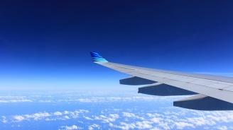 Полети бяха отклонени от международното летище на Дубай заради подозрение за дрон