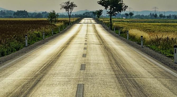 Каруци превръщат пътя Стара Загора – Казанлък в отсечка на смъртта