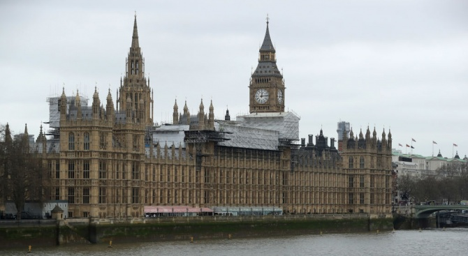 Удължаването на ваканцията на депутатите в парламента на Обединеното кралство