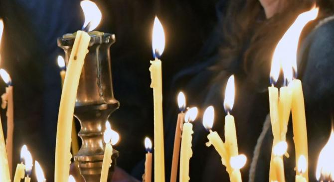 В Харманли ще посрещнат две чудотворни икони идната събота