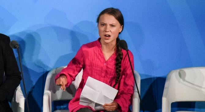 Грета Тунберг призова днес света да загърби политическите различия и