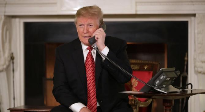 Президентът на САЩ Доналд Тръмп е поискал от украинския президент