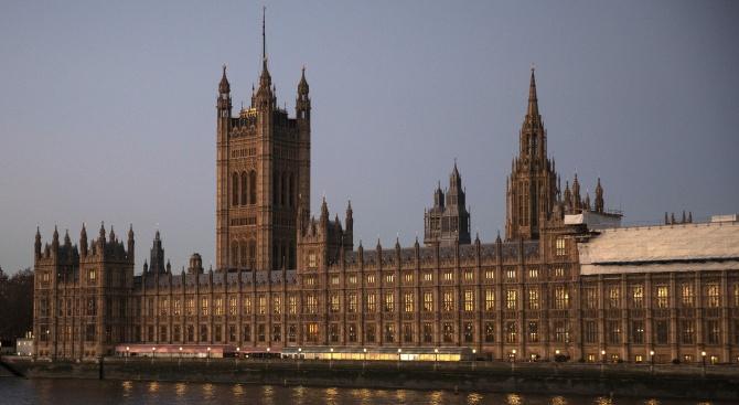 Водеща тема в британския печат е Брекзитът и в частност