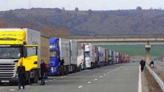 Днес спират движението на камиони над 12 т по автомагистралите