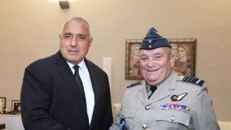 Борисов: България успешно изпълнява ангажимента си за инвестиции в отбраната