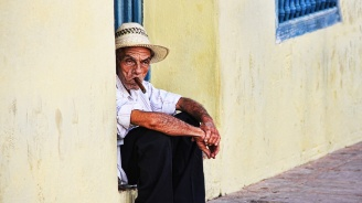 Кризата за бензин в Куба доведе до недостиг на сапун и пури