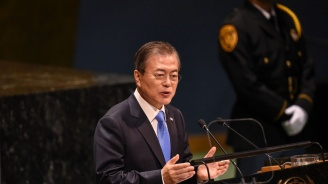 Южнокорейският президент призова за по-тесни връзки със Северна Корея