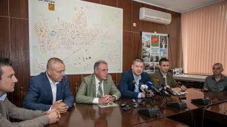 С 10 хил. дъбови фиданки по-зелена става Стара Загора през ноември