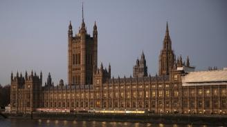 Британският в. Таймс: Камарата достигна точката на кипене
