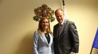 Министър Ангелкова разговаря с посланика на Германия у нас Н. Пр. Кристоф Айххорн
