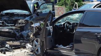 Млад мъж загина, четирима са ранени при челен сблъсък край Враца