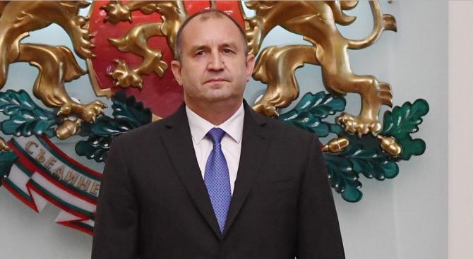 По инициатива на държавния глава Румен Радев от 9.30 часа