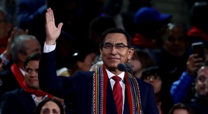 Перуанският парламент гласува за отстраняването от длъжност за една година
