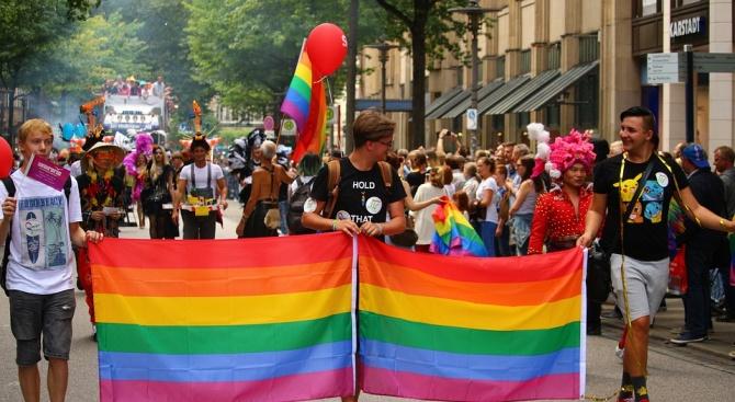 Дания отбелязва 30-ата годишнина на еднополовите съюзи