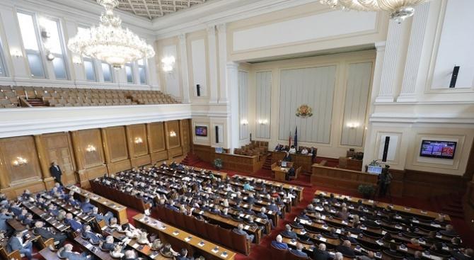 Депутатите приеха на второ четене Закона за чистотата на атмосферния