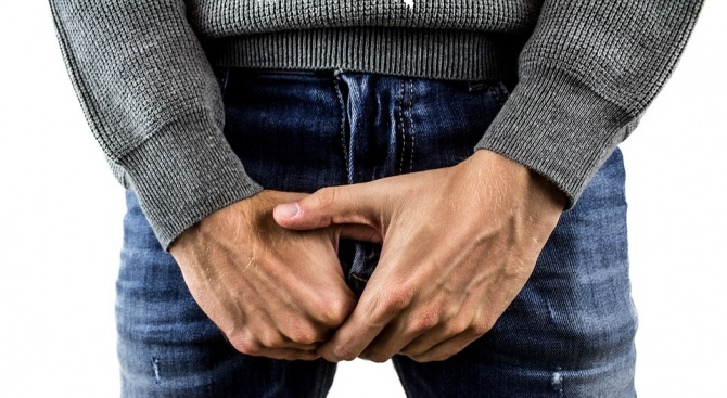 Повече мъже на средна възраст, отколкото тийнейджъри, се заразяват с болести, предавани по полов път