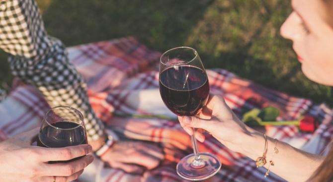 Бъдещите бащи трябва да се откажат от алкохола шест месеца