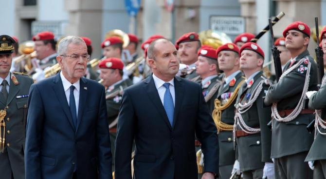 Румен Радев: Подкрепата ни за С. Македония не е безусловна