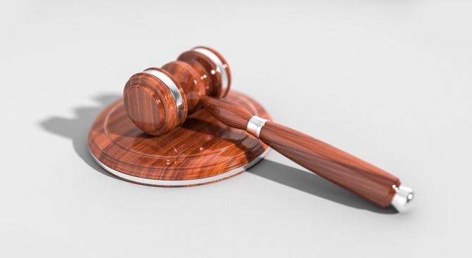 Съдът остави в ареста тримата инспектори от ДАИ - Пловдив