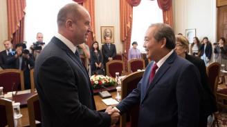 България и Виетнам ще работят за възстановяване на активното двустранното сътрудничество в икономиката и образованието