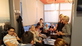 """Ева Митова, кандидат за кмет на район """"Подуяне"""": Един от основните ми приоритети е изграждането на парк в квартал """"Левски Г"""""""