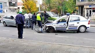 Полицейска гонка край Асеновград завърши с катастрофа
