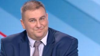Емил Радев: Мария Габриел защити достойно българския интерес в ЕП