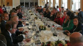 Министър Танева: Настоящите търговски ограничения във връзка със заболяването АЧС следва да се актуализират