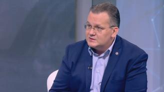 Експерт: Още сме в борбата за ''Фолксваген''