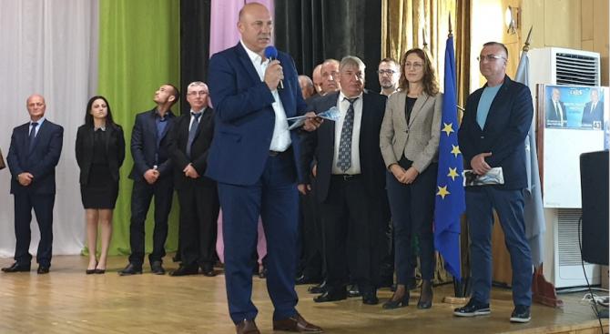 Кандидатът за трети мандат за кмет на Община Поморие от