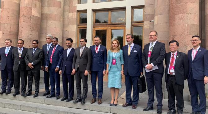 Заместник министър-председателят по икономическата и демографската политика Марияна Николова участва