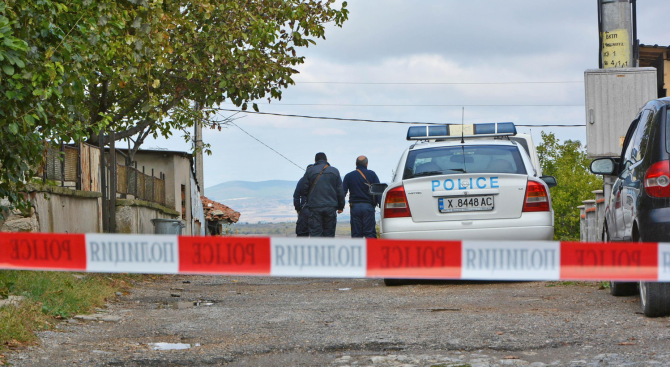 Разследват убийство на медик в село Орешник, издирват Иван Пачелиев във връзка със случая