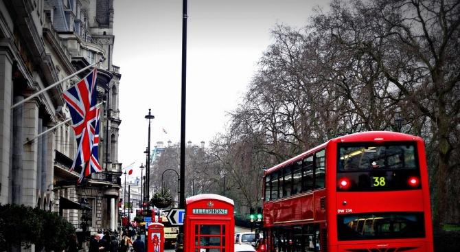 Великобритания може да избегне рецесията преди Брекзит