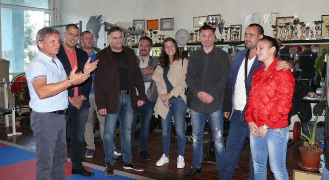 Кандидатът на ГЕРБ за кмет на Плевен Мирослав Петров: Ще върнем спортната слава на града
