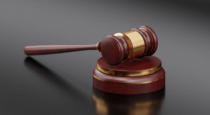 Районният съд във Варна остави в ареста мъж с 15