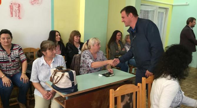 Подкрепяме кандидатурата на Станислав Дечев за кмет на Хасково, защото