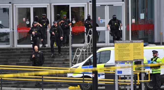 Няма данни за пострадали и български граждани нападението с нож