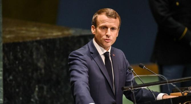 Френският президент Еманюел Макрон изрази съжаление за политическата криза, след