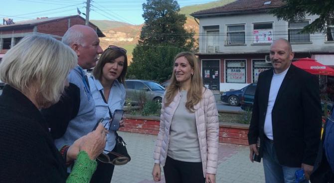 Николина Ангелкова, областен координатор на ГЕРБ за София област, и