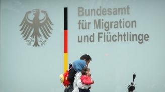 С 11% е намалял броят на кандидатите за убежище в Германия