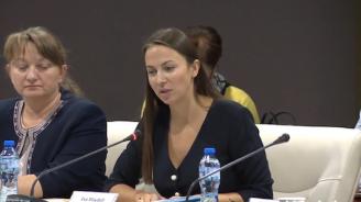 Ева Майдел: В България трябва да има повече щастливо реализирали се млади хора