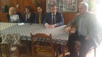 Кандидатът за кмет на Велинград от ГЕРБ д-р Костадин Коев се срещна с пенсионери от кварталите Чепино и Лъджене