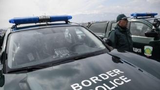 Нелегални мигранти са задържани край село Мезек
