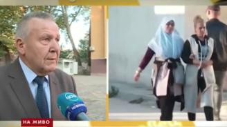 Учителите обикаляли домовете на децата, спрени от клас в Пазарджик