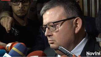 Цацаров: Няма данни политици да са замесени в психозата с отнемането на деца
