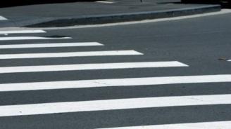 50-годишна пешеходка е в болница, след като е блъсната от товарен автомобил във Велико Търново