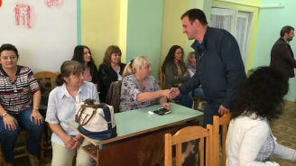 Кандидат- кметът на Хасково от ГЕРБ Станислав Дечев представи идеите си за развитие на Обединените ученически общежития