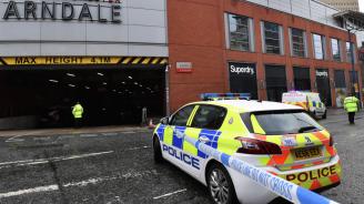 Задържаният за атаката с нож в Манчестър е обвинен в тероризъм